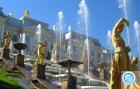 На праздник фонтанов в Петергоф